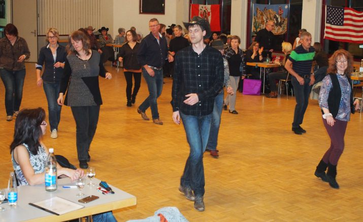 Country Line Dance mit verschiedenen Workshops