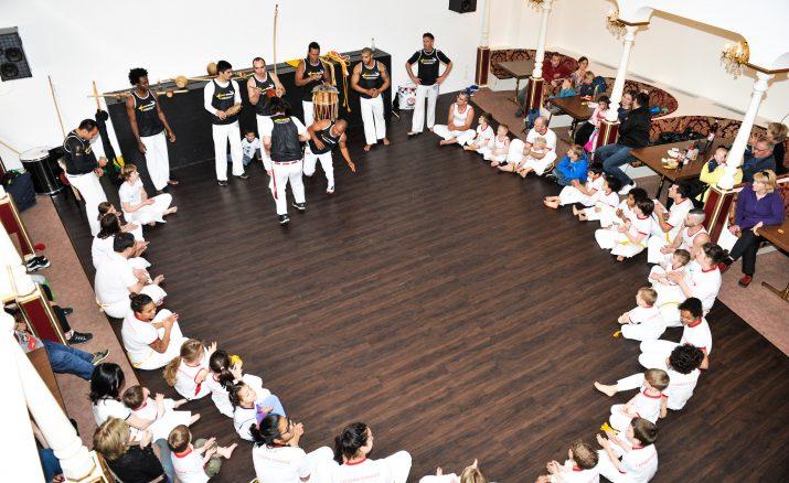 Brasilianischer Kampftanz im Hirschen Sursee (Capoeira)